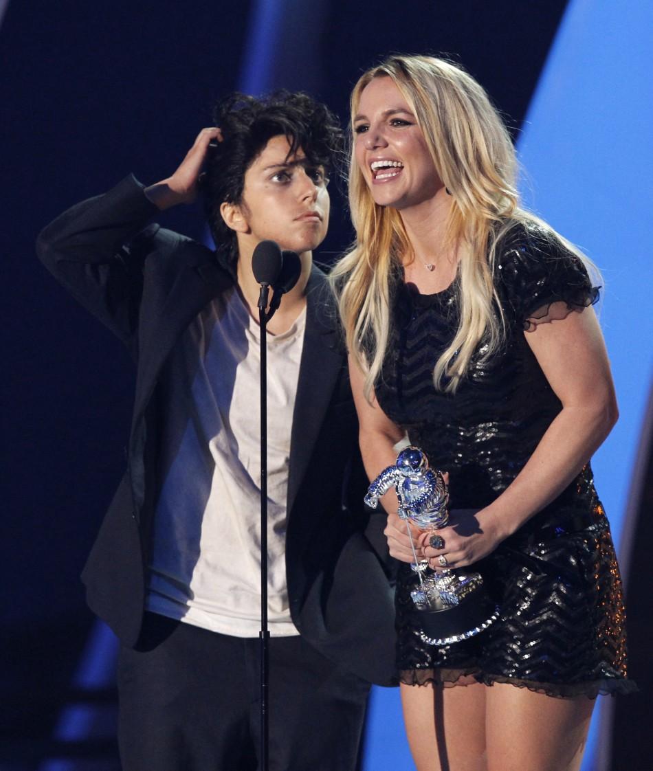 Britney Spears Video Music Awards (1)