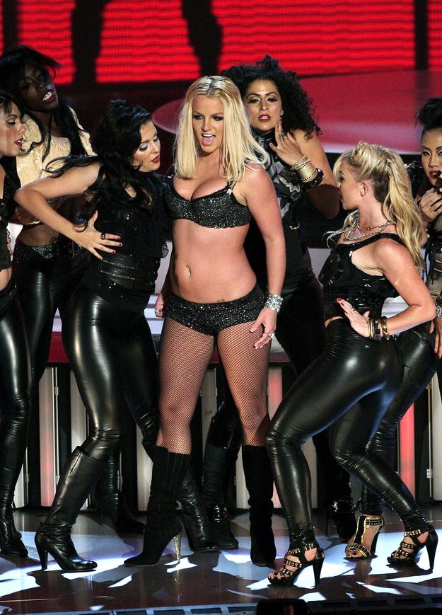 Britney Spears Video Music Awards (8)