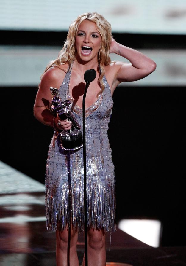 Britney Spears Video Music Awards (9)