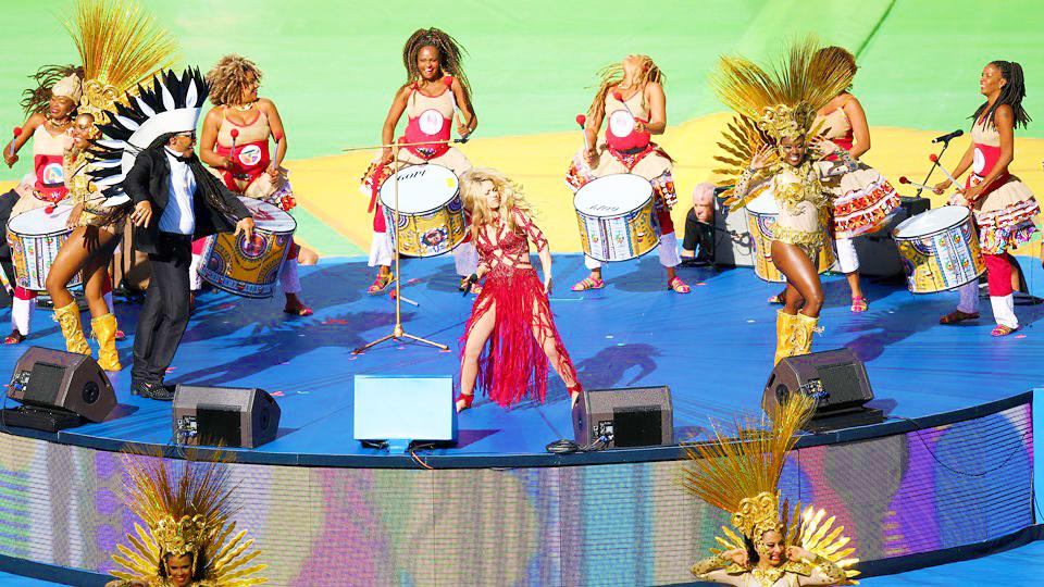 shakira final world cup brazil performance