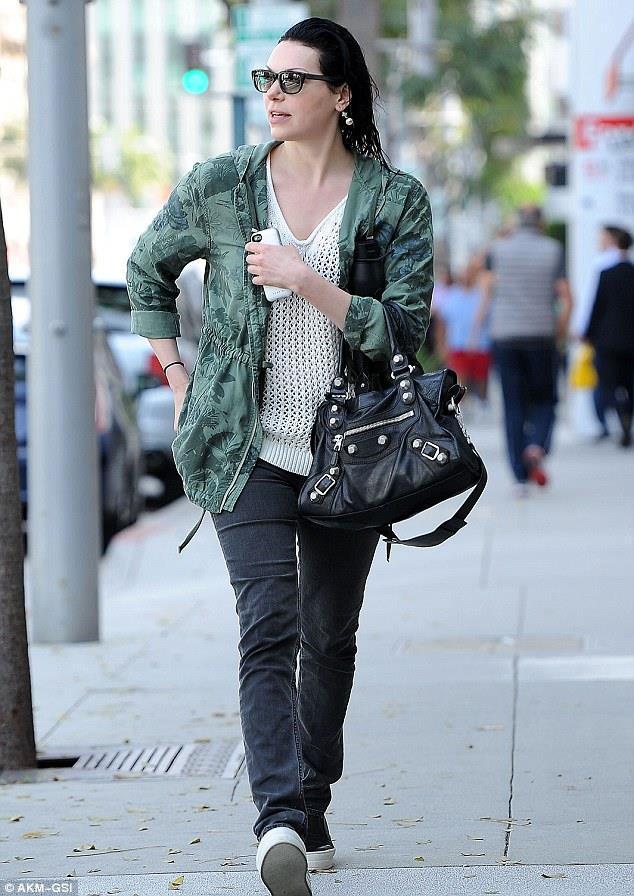 Laura Prepon look like lesbian (1)