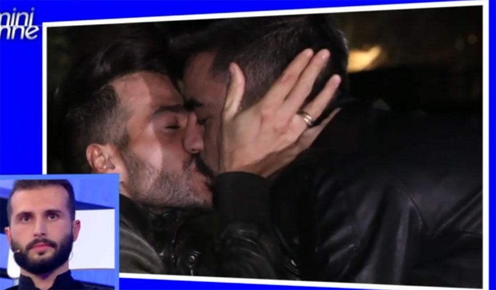 bacio-gay-uomini-donne-mediaset