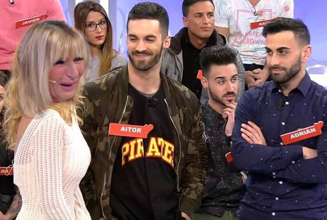 claire aitor adrian gay mujeres hombres