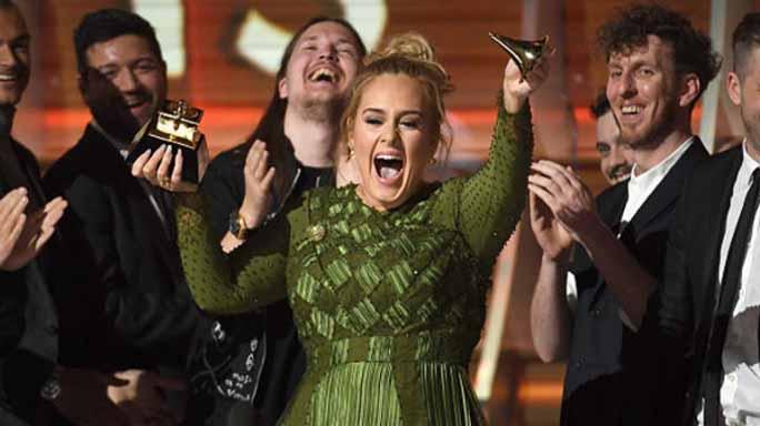 Adele spezza il Grammy