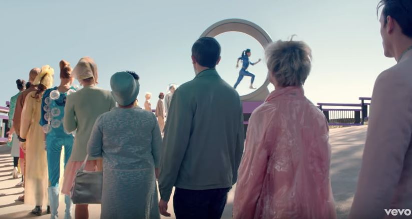 Katy Perry Chained To The Rhythm Video (9)