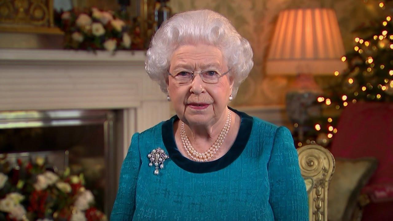queen elizabeth manchester