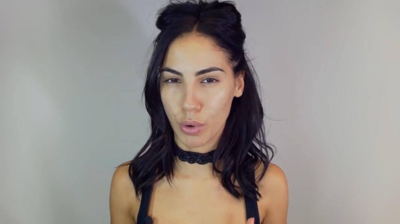 Giulia De Lellis Tutorial Make Up YouTube (2)